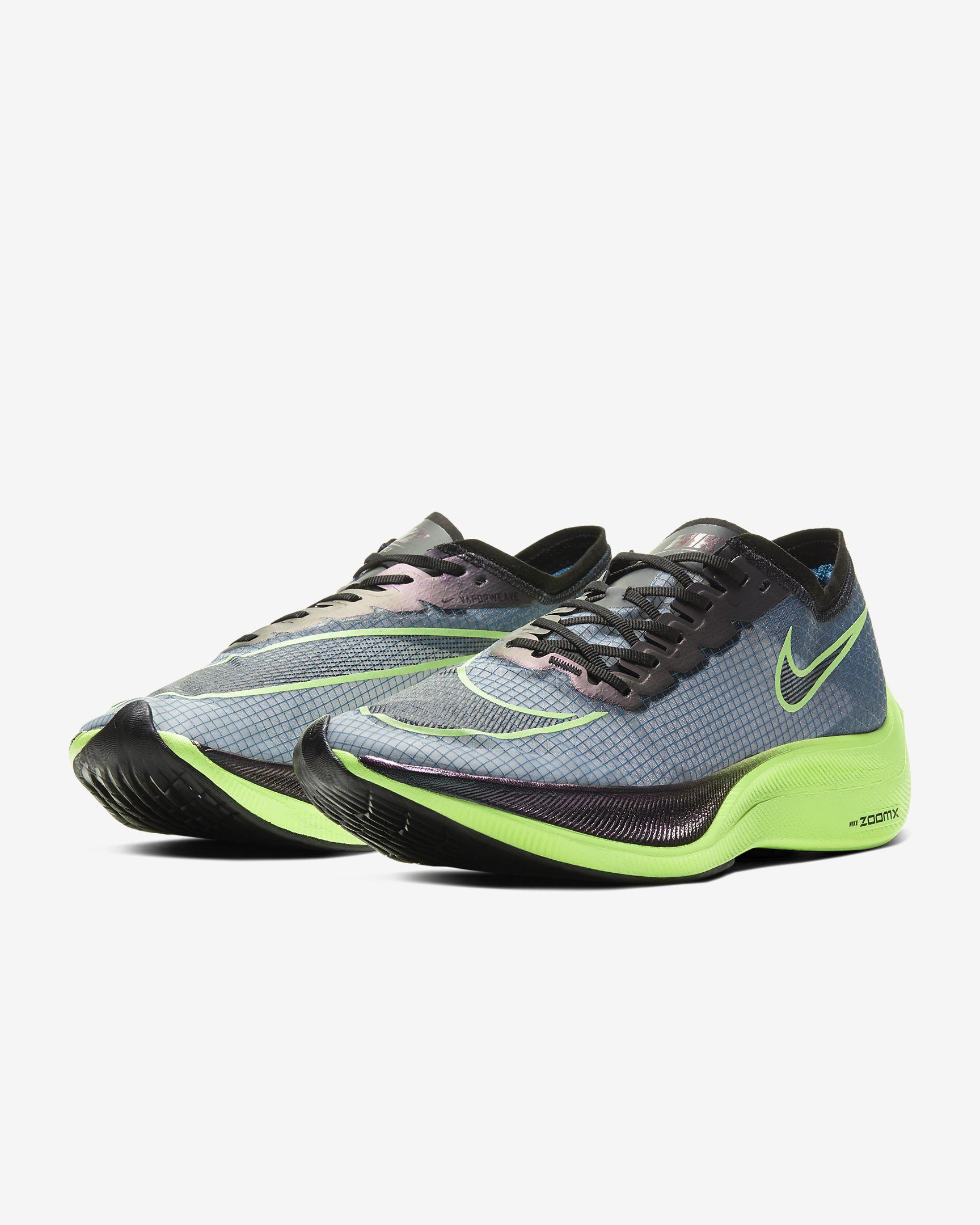 รองเท้าวิ่ง Nike ZoomX Vaporfly NEXT%